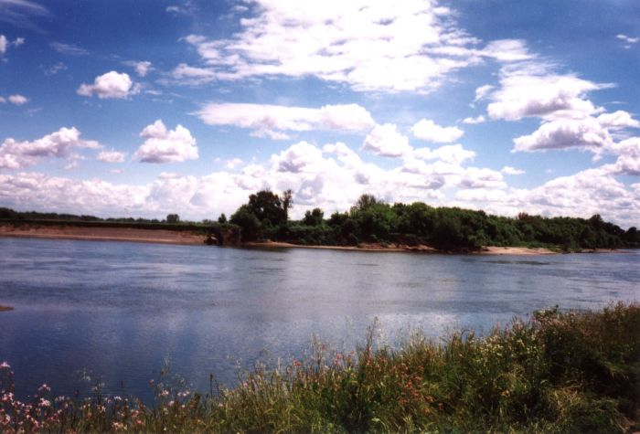 sacto_river.jpg